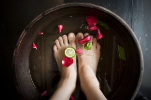 woman-soaking-feet-at-spa-1334837-m